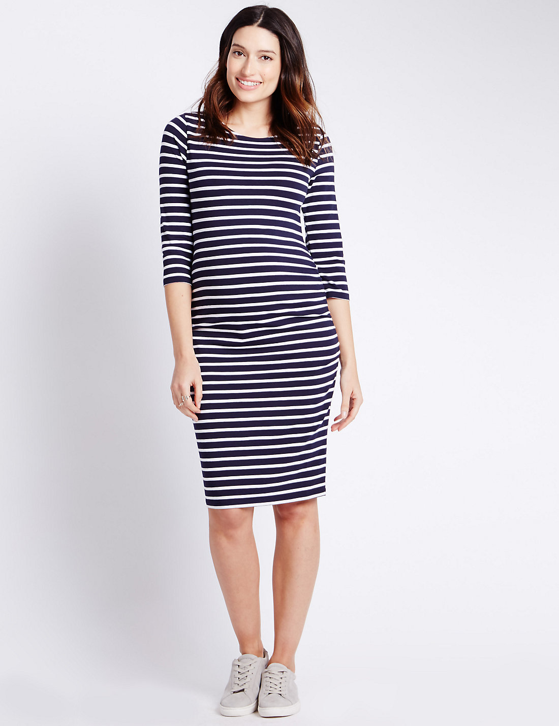 645d75c58b4 Best Maternity Dresses To Show Off Your Bump - The Lucy Edit