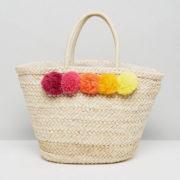 Pom pom straw bag