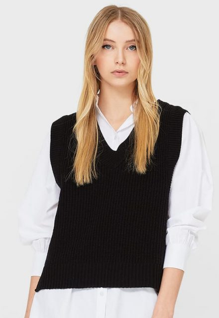 stradivarius_knitted_vest