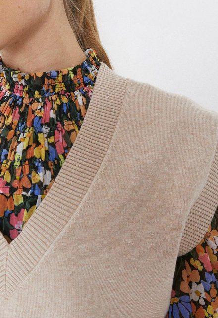 warehouse-v-neck-vest