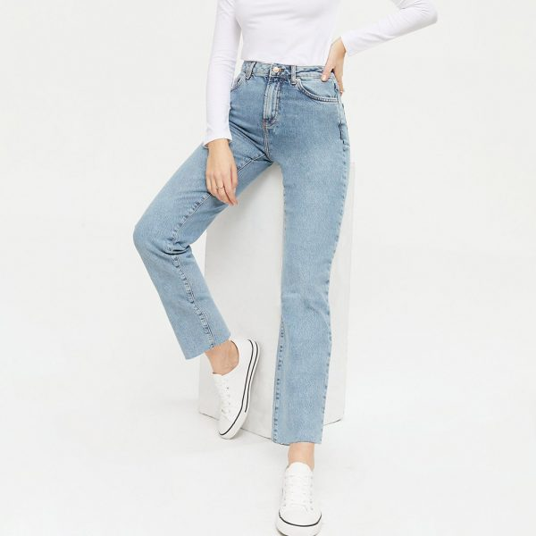 new look blue vintage wash hannah straight leg jeans and white plimsolls
